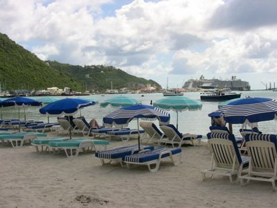 Philipsburg-beach.jpg