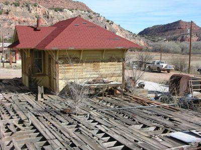 Perkinsville depot.jpg