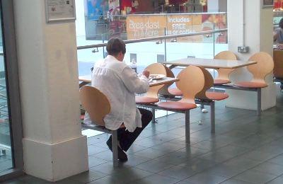 robin-in-cafeteria.jpg
