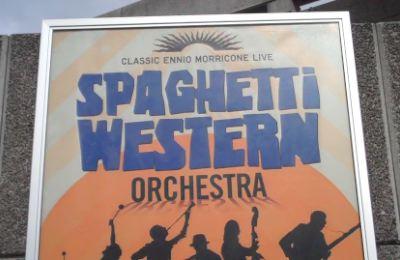 4-spaghetti-western-orchestra.jpg