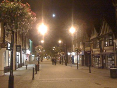 29-moonrise-over-highstreet.jpg