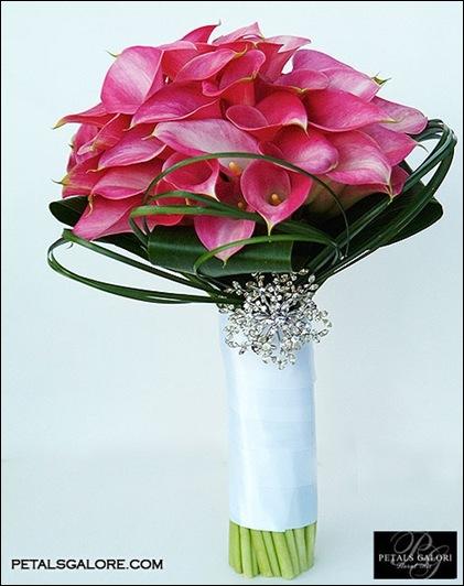 bouquet-221-lg petals galore