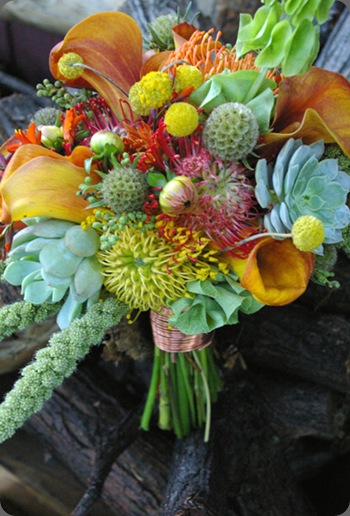 textured-fall-bridal-bouquet-studio-stems studio stems