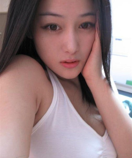 Viann Zhang Xinyu () 