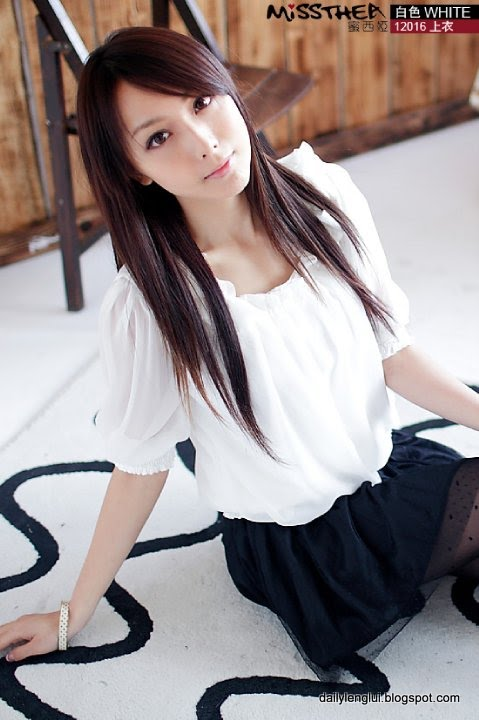 Pesona Artis Sexy Dan Mulus Nina Chen Yuwen [ www.BlogApaAja.com ]