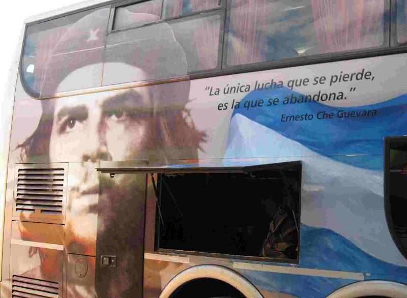 Crónicas Americanas de Ismael 2010-2011 Bus%2025%20de%20agosto%2005