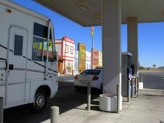 RUDE CAR BLOCKS THE GAS PUMPS