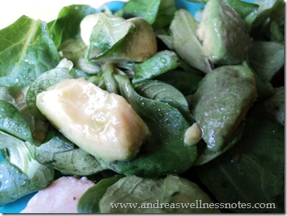 Mache salad with avocado