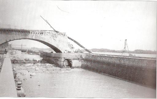 Orléans: Canal latéral à la Loire (Loiret -45) Num%C3%A9riser0003
