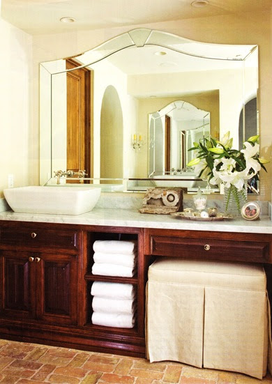 Designing Your Dream Home Bathroom Towel Storage Option