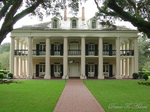French plantation style house the image for Plantation style house