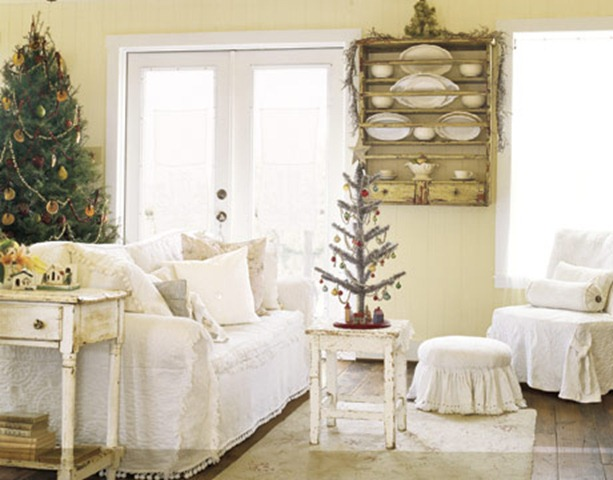 Living-room-Christmas-HTOURS1205-de
