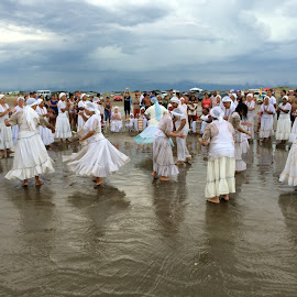 Dancing Iemanjá by Antonio Barata - People Group/Corporate ( dancing, god, sea, party, goddess, dance,  )