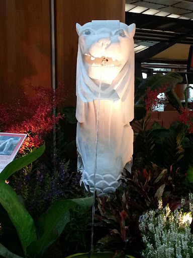Merlion at T2