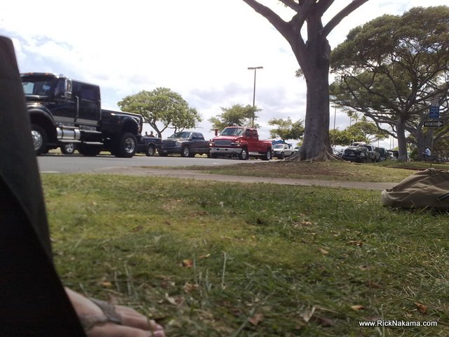 www.RickNakama.com Picnic at Ala Moana Beach Park big trucks