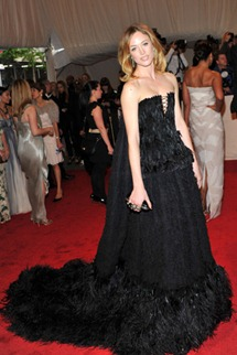 Met gala  raquel zimmermann Alexander McQueen