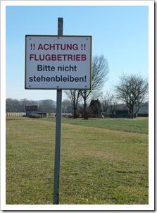 achtung flugbetrieb Schorndorf
