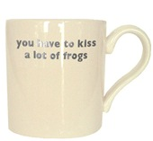 MUG-kissfrogsPLAT