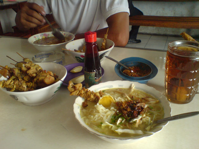 Soto Lik Prapto, jan mak nyuuuussss