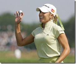 NatalieGulbis_golf