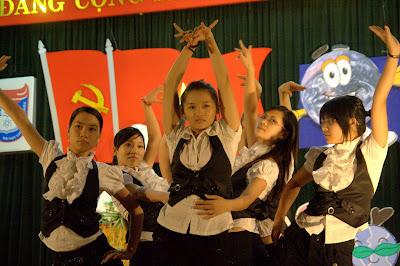 Điệu nhảy Circus của chi đoàn K52