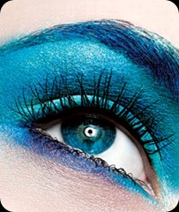 Makeup-Trend-Blue-Eye-Shadow_articleimage