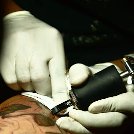 ink time by Jo Carlo Balbontin - People Body Art/Tattoos ( body art, ink )