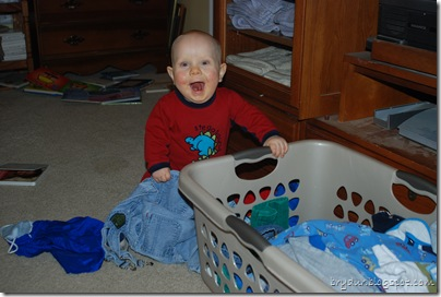"Look at me ""folding"" the laundry"