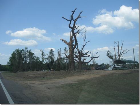 tornado april 2011 007