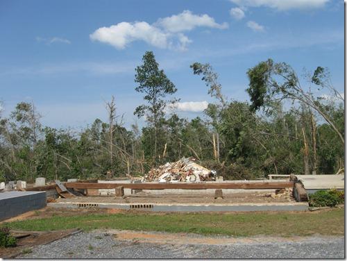tornado april 2011 019