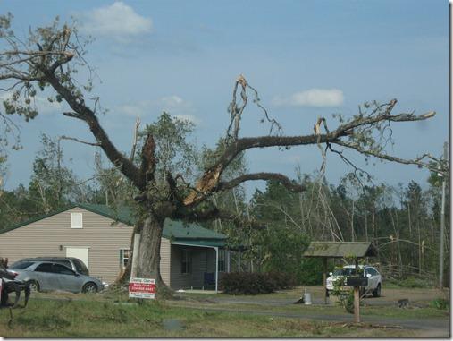tornado april 2011 041