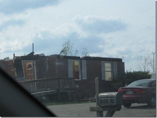 tornado april 2011 042