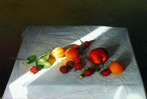 Liu-Strawberries-and-Peache2