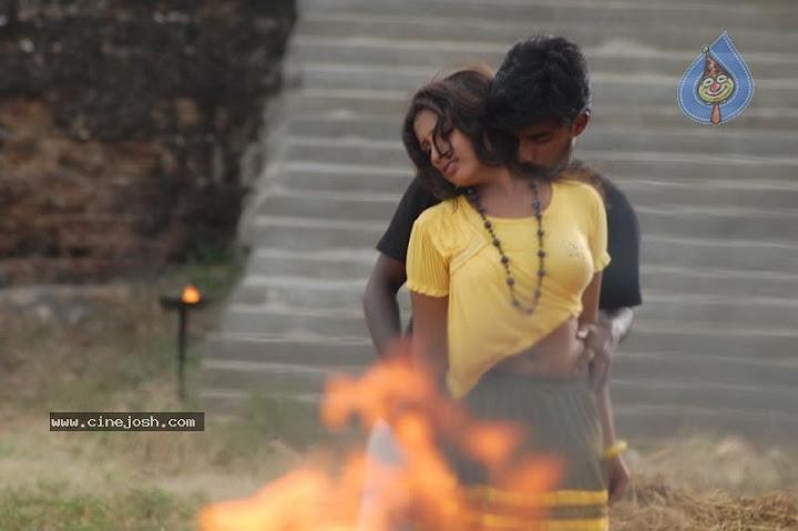 Arumbu Meesai Kurumbu Paarvai Movie Hot Romance Photos