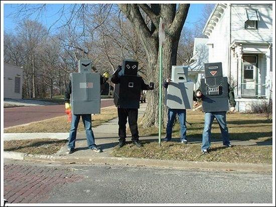 worst_robot_costumes_09