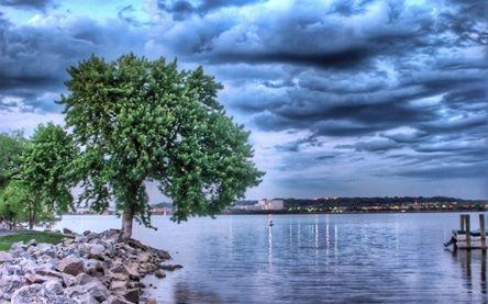 lago poema de agua