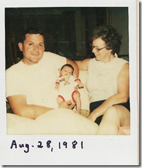 1981-08-28 Sela with Oma and Opa