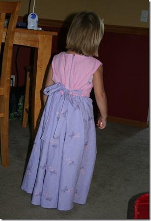 2010-08-12 Kahlen's new dress (2)