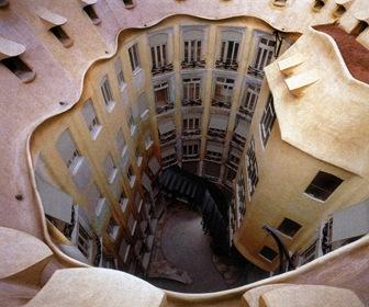 forma-del-techo-la-pedrera