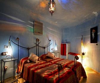 habitacion azul hotel cueva