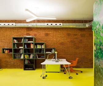 Diseñi-de-muebles-oficina-Decoracion-interior-Estudio-en-Malasaña-Madrid.