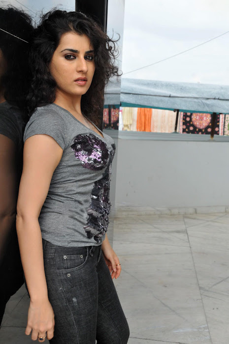 archana veda shoot glamour  images