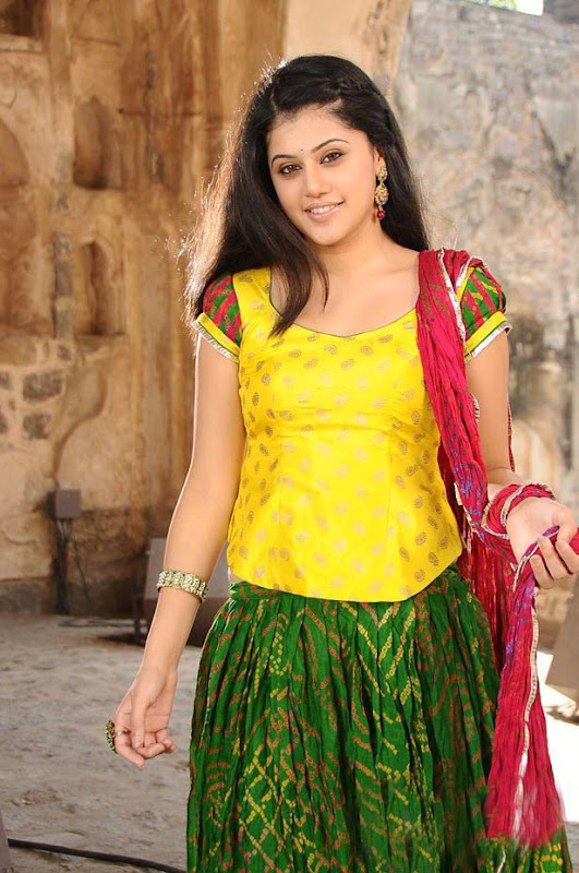 Tapsee Unseen Hot Photos big  show