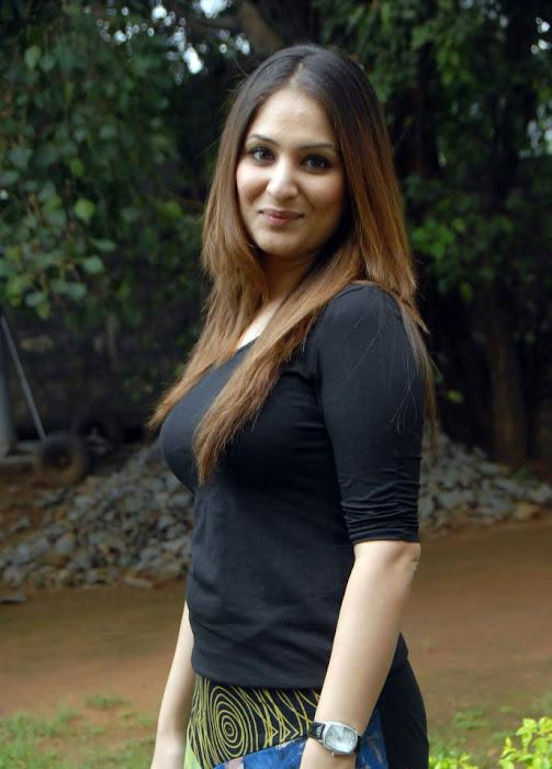 gowri munjal shoot photo gallery