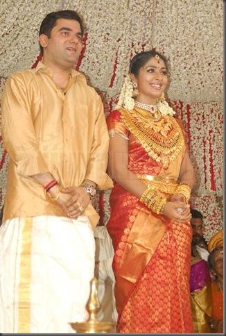 2navya-nair marriage stills
