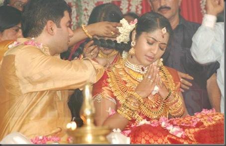 3navya-nair marriage stills