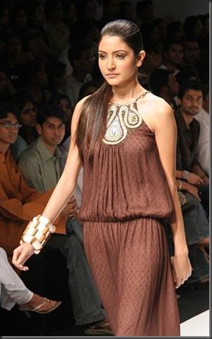 2anushka_sharma bollywood actress pictures 150210