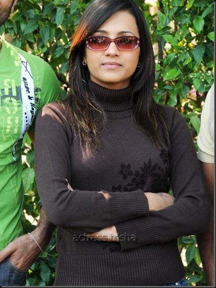 trisha-krishnan-photos-40_720