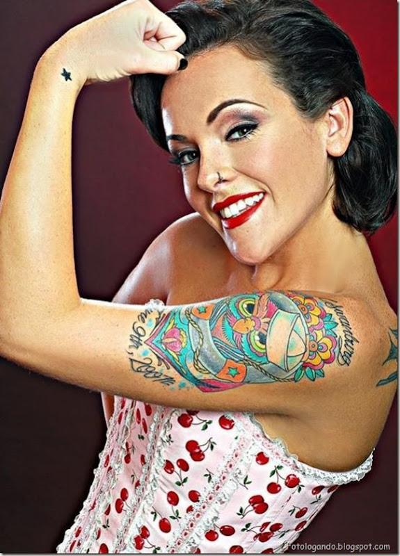 Compilação de meninas com tatuagens (32)