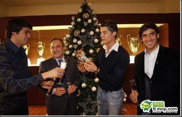 A bela amizade de Cristiano Ronaldo e Kaká (17)